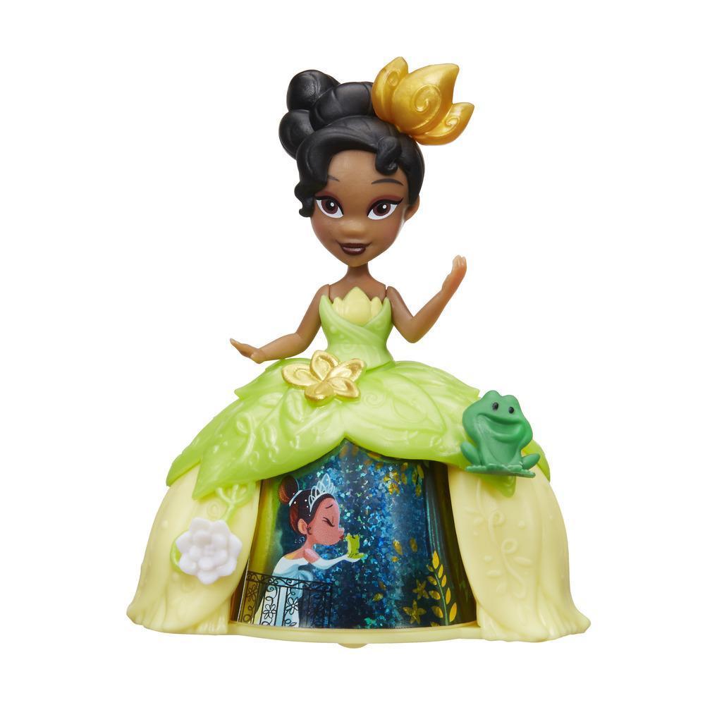 Mini păpușă Tiana cu rochie magică, Disney Princess Little Kingdom