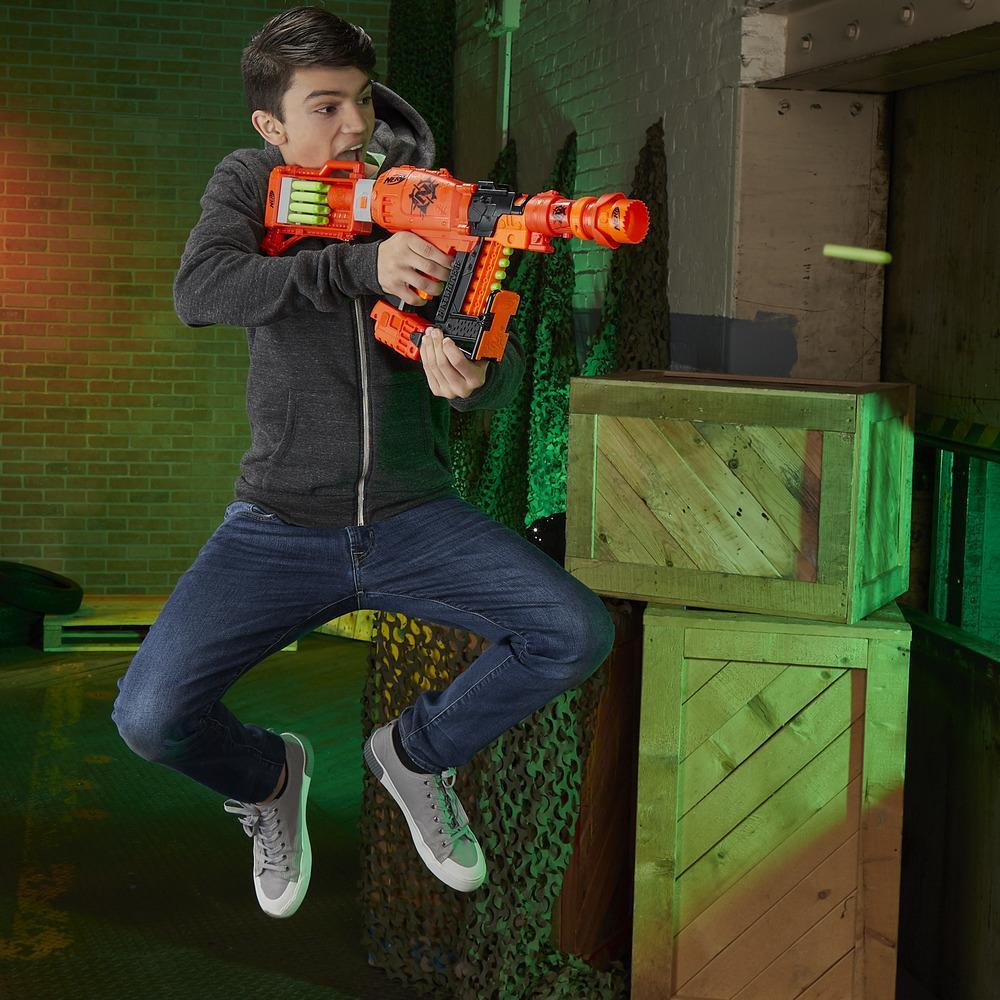 Blaster Nerf Zombie Strike Nailbiter:Zoom and Doom