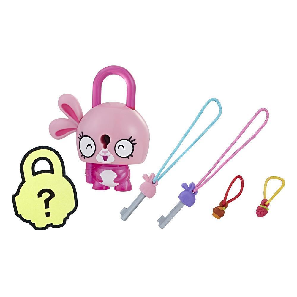 Personaj Lock Stars Pink Bunny - Seria 1 (Gama de produse poate varia)