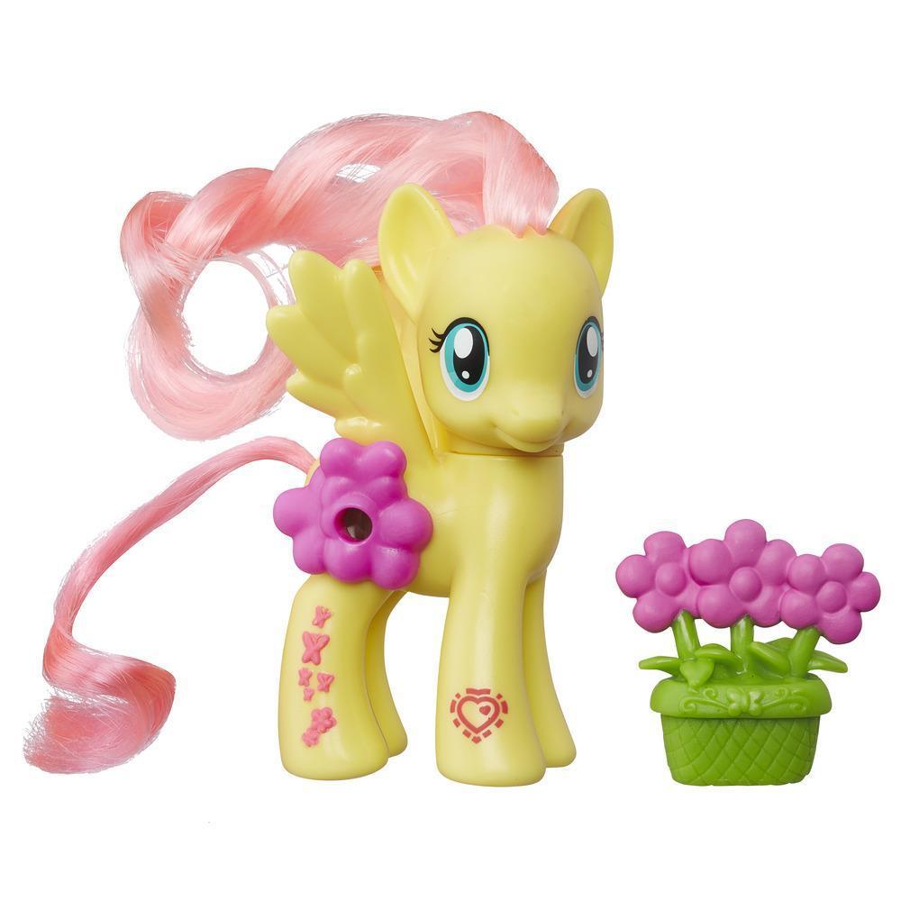 Пони Флаттершай из серии «Мой маленький пони Каникулы в Эквестрии Волшебные пейзажи»