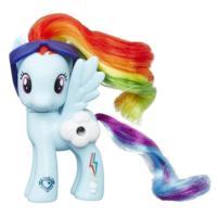 Пони Рейнбоу Дэш из серии «Мой маленький пони Каникулы в Эквестрии Волшебные пейзажи»