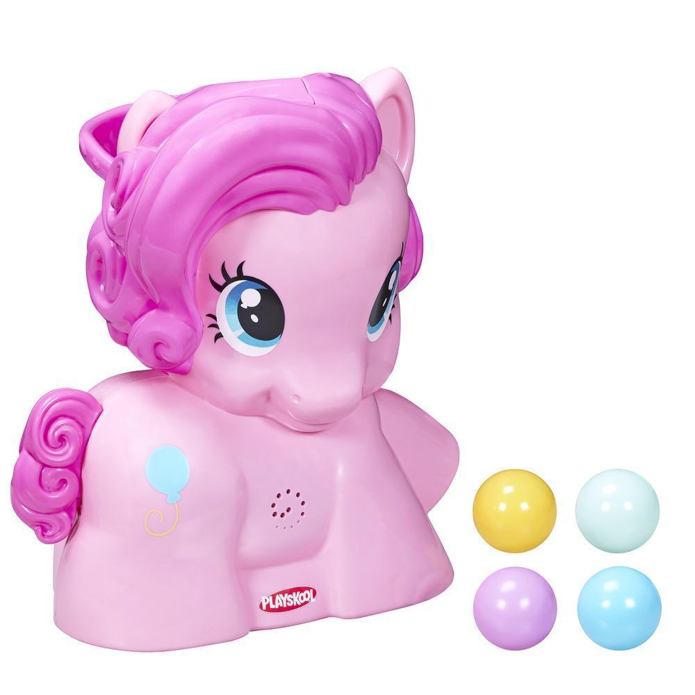 Пинки Пай с мячиками