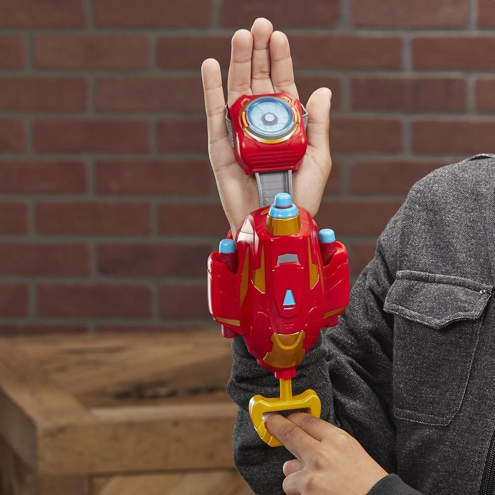 NERF Power Moves Marvel Avengers Iron Man Repulsor Blast Gauntlet NERF – pilskjutarleksak för barn från 5 år