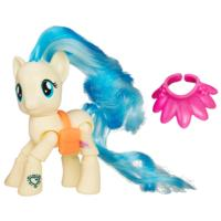 My Little Pony Friendship is Magic Miss Pommel Runway Show Figure