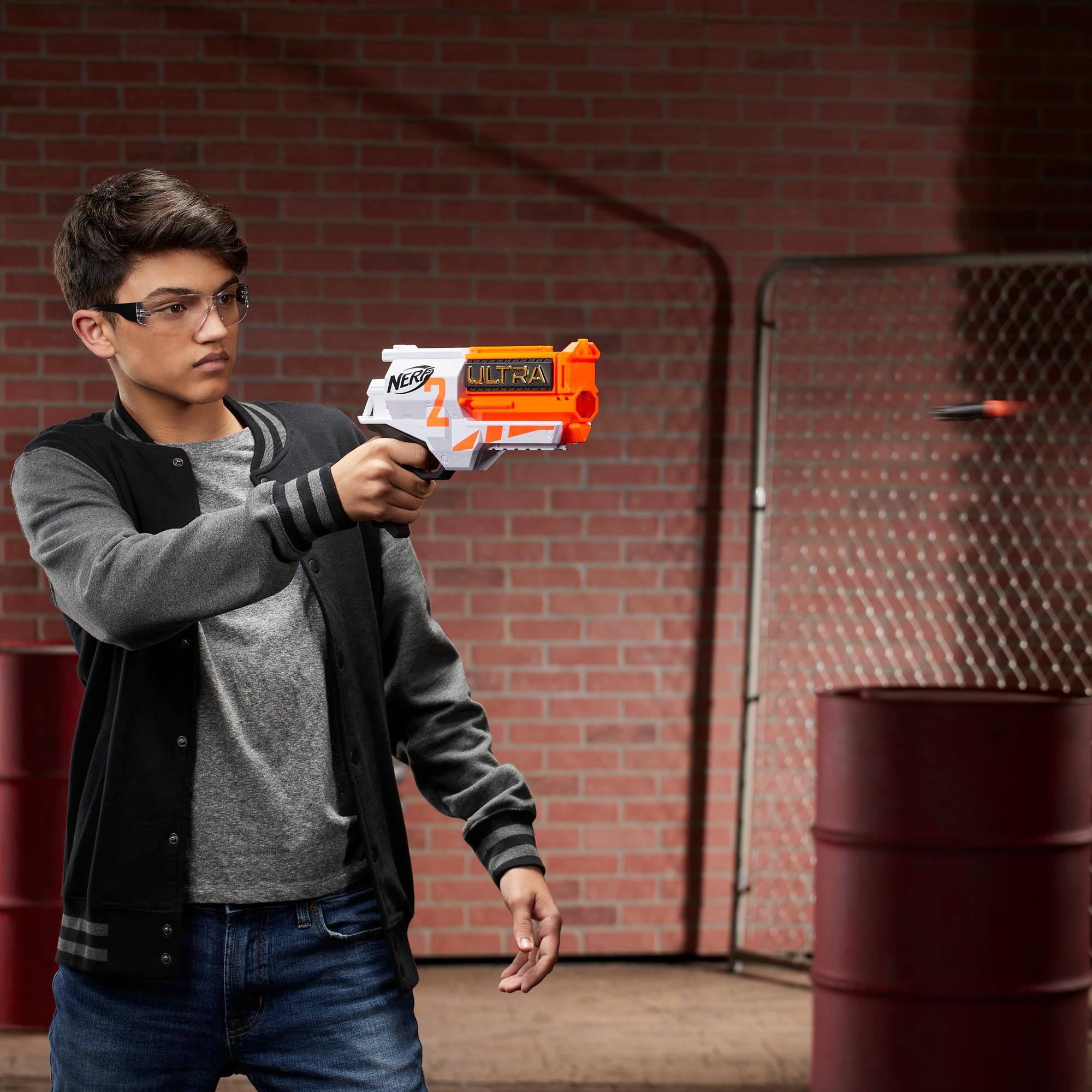 Motoriserad Nerf Ultra Two-blaster – Snabb omladdning, 6 Nerf Ultra-pilar – Endast kompatibel med Nerf Ultra-pilar