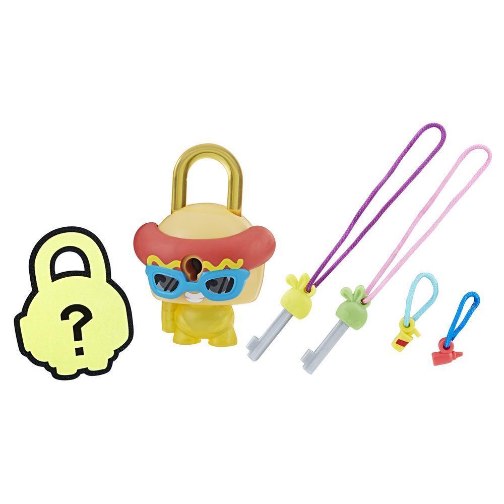 Lock Stars Basic Assortment Hot Dog¬–Series 2 (Product may vary)